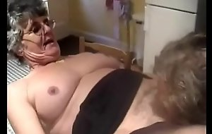 Having it away Horry Granny 4 goo.gl/TzdUzu