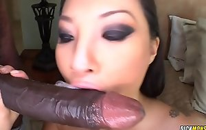 Best Oriental Porn industry star Asa Akira Takes Big black cock