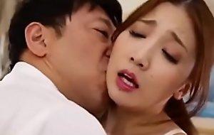 Japanese Wife Deviousness near Husband's Boss Full HD