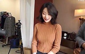 公众号【91报社】韩国性感模特内衣撮影现场及花絮采访