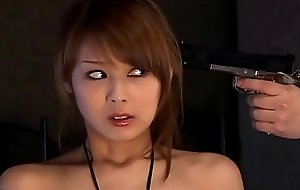 Japanese spy prick-teaser gives a hawt double blowjobs uncensored