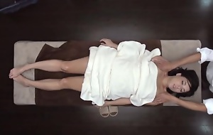 Cool Oil Massage Salon be expeditious for Married Woman 1.1 (Censored)