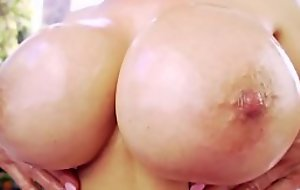 Dicksucking feel one's way mummy gives awesome titjob